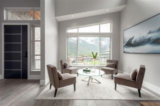 "Photo 2: 38532 SKY PILOT Drive in Squamish: Plateau House for sale in ""CRUMPIT WOODS"" : MLS®# R2259885"
