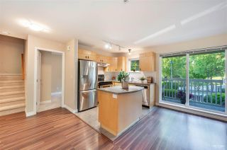 Photo 4: 17 7488 SOUTHWYNDE Avenue in Burnaby: South Slope Townhouse for sale (Burnaby South)  : MLS®# R2590901
