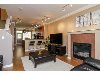 """Photo 5: 52 20460 66TH Avenue in Langley: Willoughby Heights Townhouse for sale in """"WILLOWS EDGE"""" : MLS®# F1418966"""