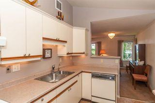 Photo 12: 2002 Lorne Terr in Oak Bay: OB Gonzales House for sale : MLS®# 838091