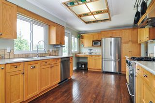 Photo 5: 24327 46A Avenue in Langley: Salmon River House for sale : MLS®# R2474008