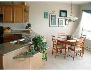 Photo 8: 5189 HAVIES RD in Sechelt: Sechelt District House for sale (Sunshine Coast)  : MLS®# V546081