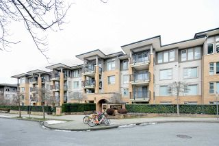 "Photo 2: 114 5725 AGRONOMY Road in Vancouver: University VW Condo for sale in ""GLENLLOYD PARK"" (Vancouver West)  : MLS®# R2343269"