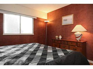 Photo 12: 2027 KAPTEY AV in Coquitlam: Cape Horn House for sale : MLS®# V1117755