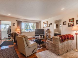 Photo 5: 27 Howard Ave in : Na University District House for sale (Nanaimo)  : MLS®# 857219