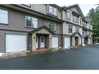 Photo 2: 19 2950 LEFEUVRE ROAD in Abbotsford: Aberdeen Townhouse for sale : MLS®# R2341349