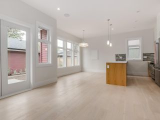 Photo 7: 548 E 10TH Avenue in Vancouver: Mount Pleasant VE 1/2 Duplex for sale (Vancouver East)  : MLS®# R2085035