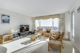 """Photo 5: 1102 7680 GRANVILLE Avenue in Richmond: Brighouse South Condo for sale in """"GOLDEN LEAF TOWERS"""" : MLS®# R2343894"""