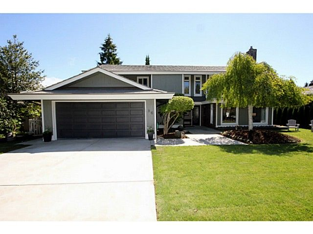 "Main Photo: 86 DEERFIELD Drive in Tsawwassen: Pebble Hill House for sale in ""DEERFIELD"" : MLS®# V1009641"