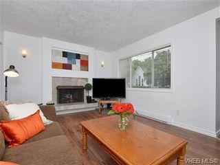 Photo 3: 1111 Caledonia Ave in VICTORIA: Vi Central Park Half Duplex for sale (Victoria)  : MLS®# 708700