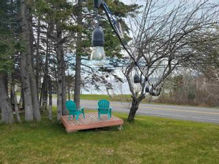 Photo 3: 7329 East Bay Highway in Big Pond: 207-C. B. County Residential for sale (Cape Breton)  : MLS®# 202122939