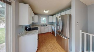 Photo 10: 839 Athlone Drive North in Regina: McCarthy Park Residential for sale : MLS®# SK870614