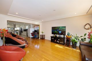 Photo 3: 649 E 46TH Avenue in Vancouver: Fraser VE House for sale (Vancouver East)  : MLS®# R2507174