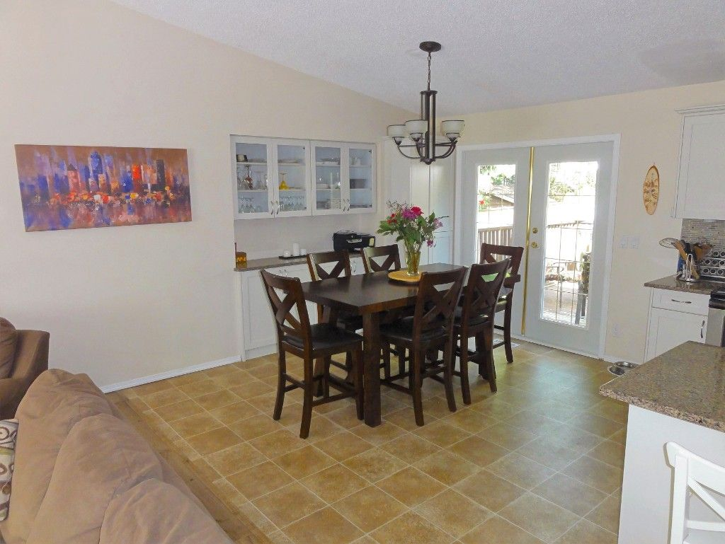 Photo 6: Photos: 14565 91A Avenue in Surrey: Bear Creek Green Timbers House for sale : MLS®# R2056870