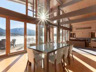 """Photo 8: 8993 TRUDY'S Landing in Whistler: Emerald Estates House for sale in """"Trudy's Landing"""" : MLS®# R2524419"""