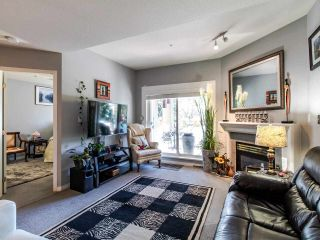 """Photo 4: 402 15140 29A Avenue in Surrey: King George Corridor Condo for sale in """"The Sands"""" (South Surrey White Rock)  : MLS®# R2510345"""