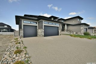 Photo 3: 4414 Wolf Willow Place in Regina: The Creeks Residential for sale : MLS®# SK870211