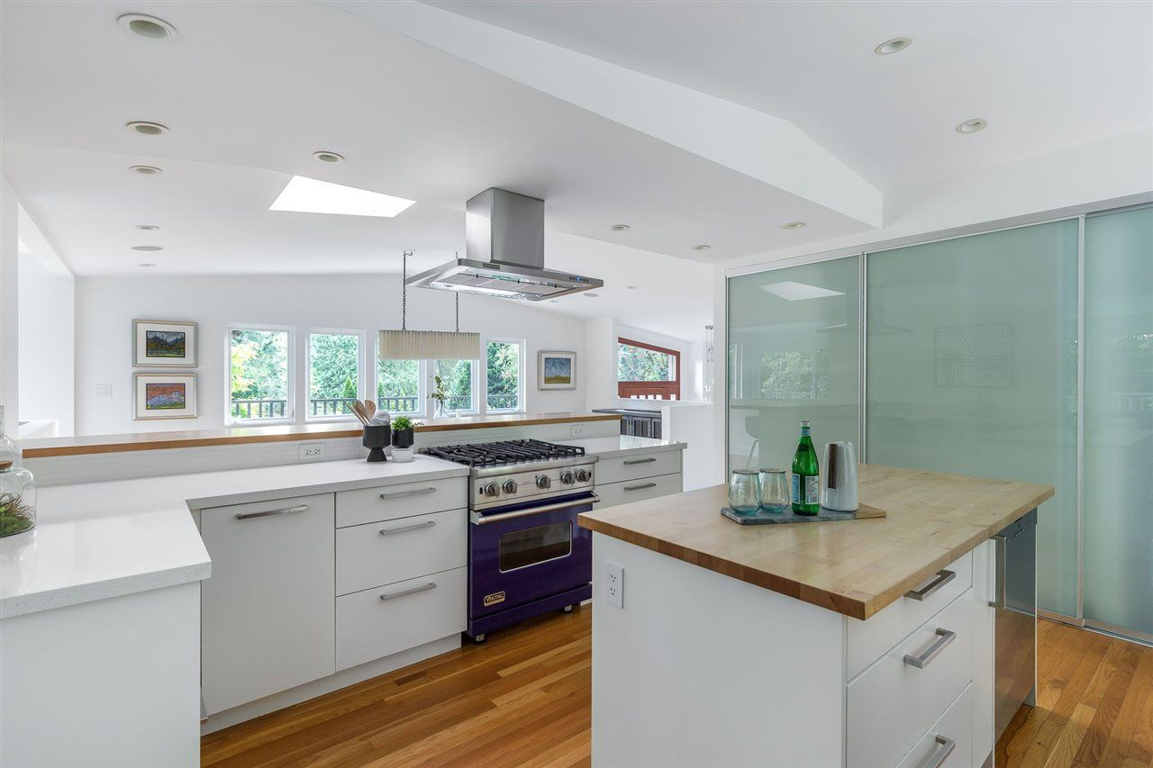 Photo 6: Photos: 315 MULGRAVE Place in West Vancouver: British Properties House for sale : MLS®# R2483368