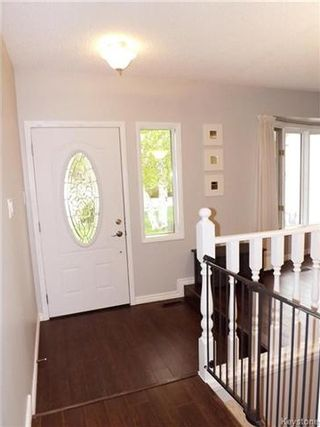 Photo 3: 11 Matthew Bay in Winnipeg: North Kildonan Residential for sale (3G)  : MLS®# 1712431