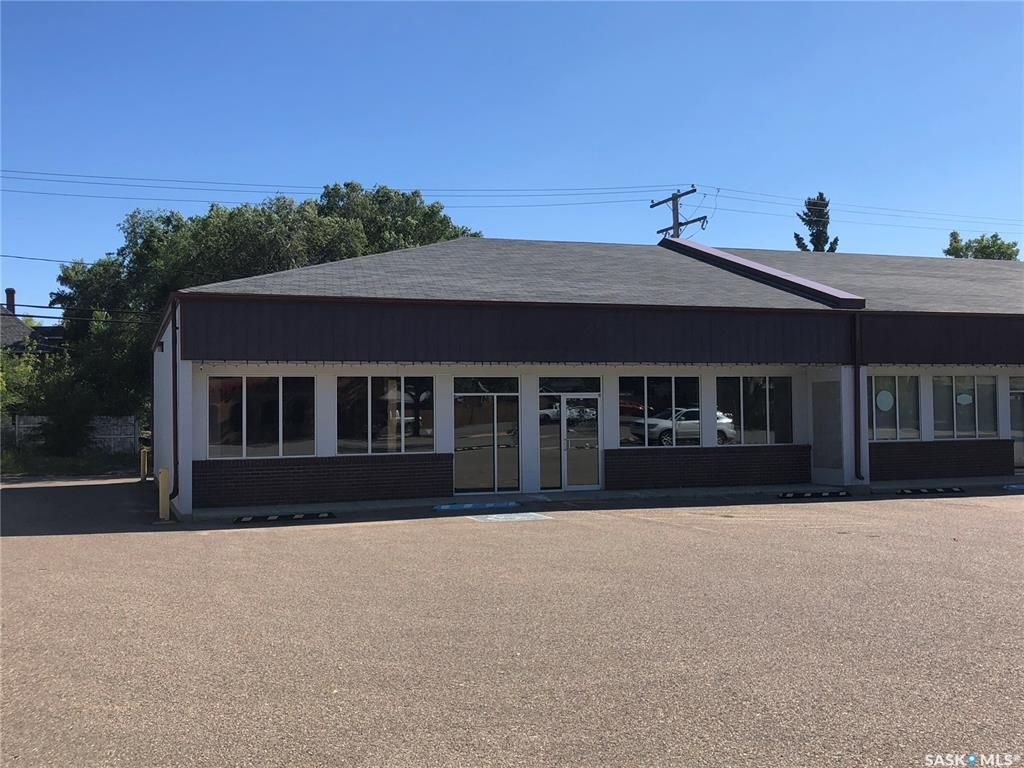 Main Photo: 1472 100th Street in North Battleford: Commercial for lease : MLS®# SK824390