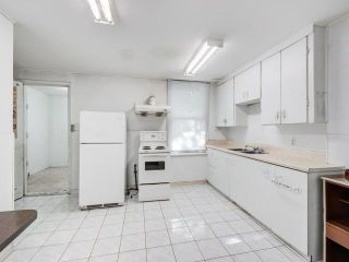 Photo 7: 338 Coxwell Avenue in Toronto: Greenwood-Coxwell House (2 1/2 Storey) for sale (Toronto E01)  : MLS®# E4260071