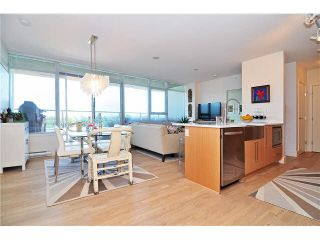 """Photo 4: PH6 251 E 7TH Avenue in Vancouver: Mount Pleasant VE Condo for sale in """"DISTRICT"""" (Vancouver East)  : MLS®# R2542420"""