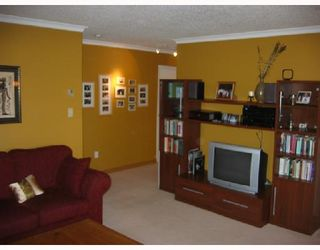 """Photo 3: 213 1890 W 6TH Avenue in Vancouver: Kitsilano Condo for sale in """"HERITAGE AT CYPRESS"""" (Vancouver West)  : MLS®# V660444"""