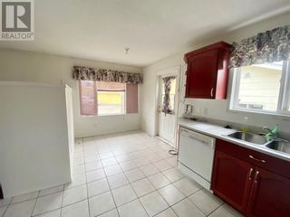 Photo 3: 1010 11 Avenue in Wainwright: House for sale : MLS®# A1133244