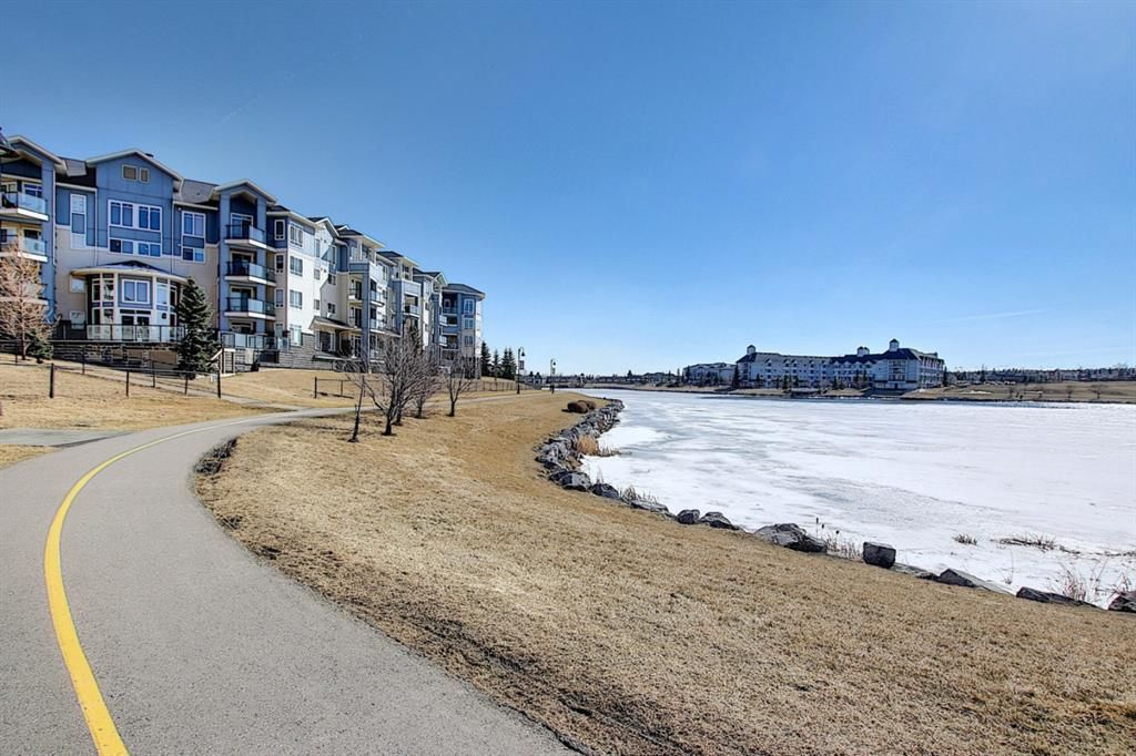 Photo 34: Photos: 2211 43 Country Village Lane NE in Calgary: Country Hills Village Apartment for sale : MLS®# A1085719
