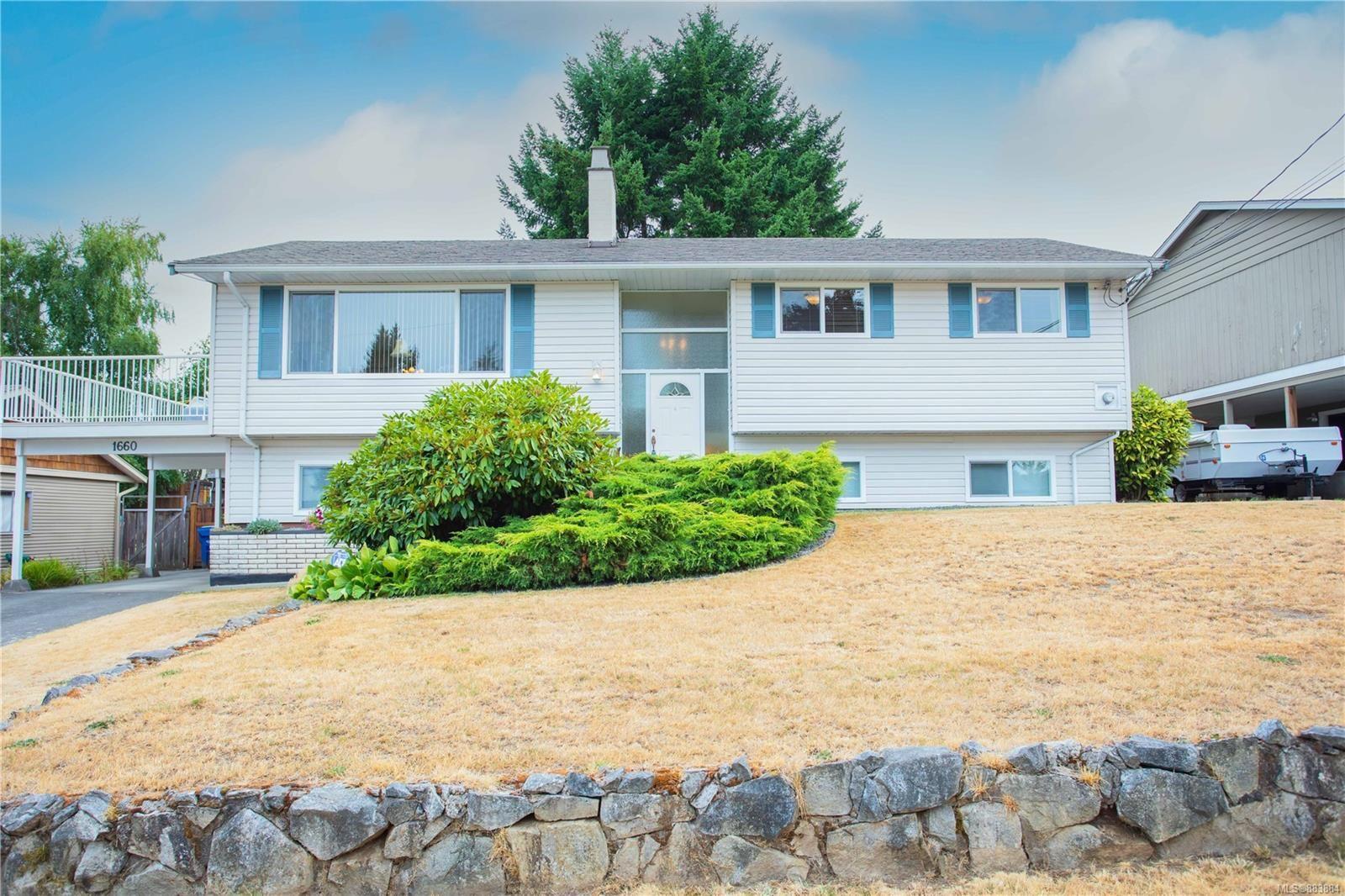 Main Photo: 1660 Bob-o-Link Way in Nanaimo: Na Central Nanaimo House for sale : MLS®# 883884