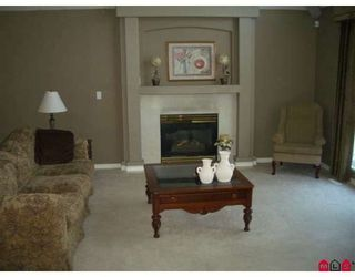 """Photo 5: 7363 146A Street in Surrey: East Newton House for sale in """"CHIMNEY HEIGHTS"""" : MLS®# F2828506"""