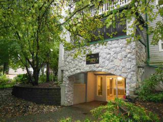 """Photo 18: 311 1150 LYNN VALLEY Road in North Vancouver: Lynn Valley Condo for sale in """"The Laurels"""" : MLS®# R2216205"""