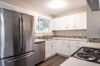 Photo 9: 3035 Charles St in : Na Departure Bay House for sale (Nanaimo)  : MLS®# 874498