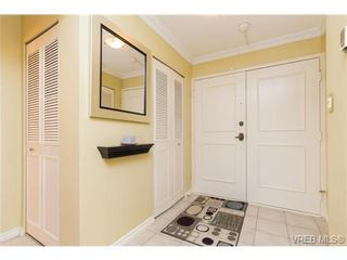 Photo 3: 201 2930 Cook St in VICTORIA: Vi Mayfair Condo for sale (Victoria)  : MLS®# 707990