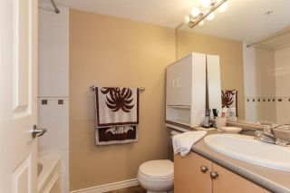 Photo 12: 405 680 CLARKSON STREET in New Westminster: Downtown NW Condo for sale : MLS®# R2322081
