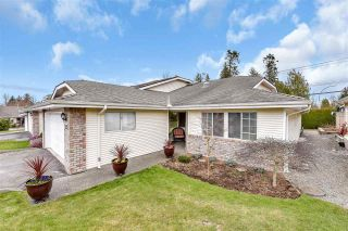 "Photo 4: 12 5051 203 Street in Langley: Langley City Townhouse for sale in ""MEADOWBROOK ESTATES"" : MLS®# R2548866"
