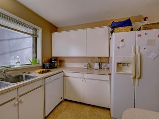 """Photo 9: 5669 SURF Circle in Sechelt: Sechelt District House for sale in """"SECHELT DOWNTOWN"""" (Sunshine Coast)  : MLS®# R2530445"""