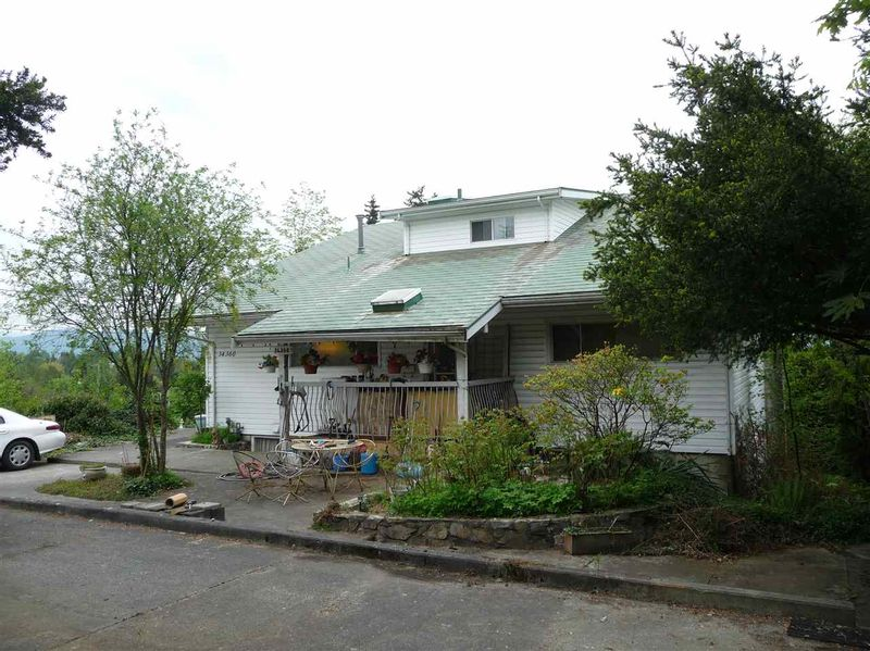 FEATURED LISTING: 34360 OLD YALE Road Abbotsford