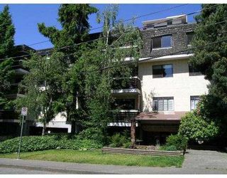 """Photo 7: 208 707 GLOUCESTER Street in New_Westminster: Uptown NW Condo for sale in """"Royal Mews"""" (New Westminster)  : MLS®# V689665"""
