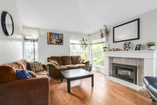 """Photo 2: 1202 163A Street in Surrey: King George Corridor House for sale in """"South Meridian"""" (South Surrey White Rock)  : MLS®# R2189721"""