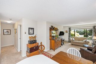 Photo 3: 215 10110 Fifth St in : Si Sidney North-East Condo for sale (Sidney)  : MLS®# 880325