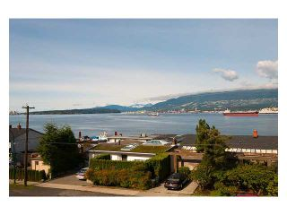 """Photo 10: 318 2366 WALL Street in Vancouver: Hastings Condo for sale in """"LANDMARK MARINER"""" (Vancouver East)  : MLS®# V1031253"""