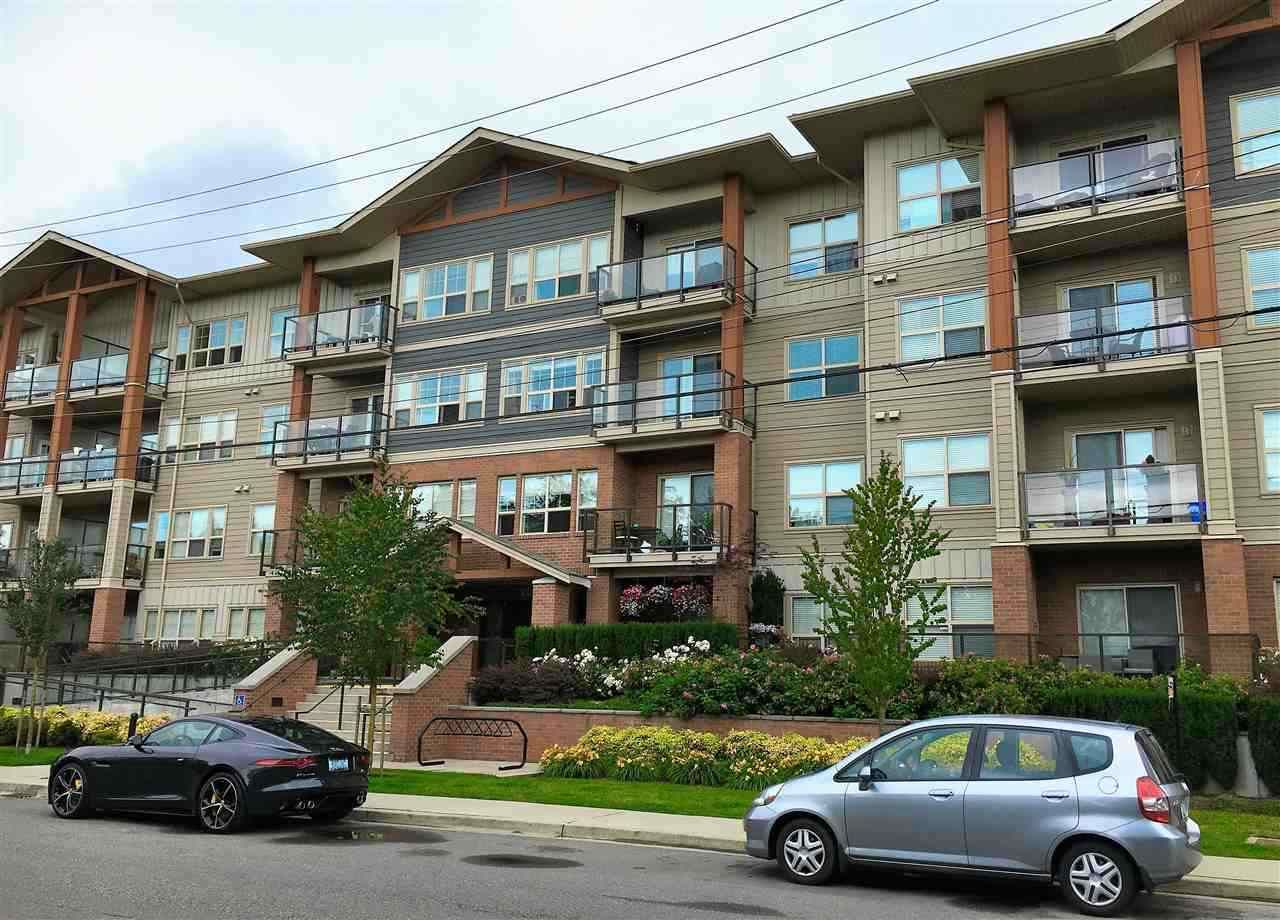 "Main Photo: 216 20219 54A Avenue in Langley: Langley City Condo for sale in ""SUEDE"" : MLS®# R2163721"