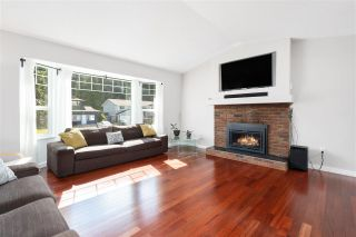 Photo 2: 8875 205 Street in Langley: Walnut Grove House for sale : MLS®# R2584982