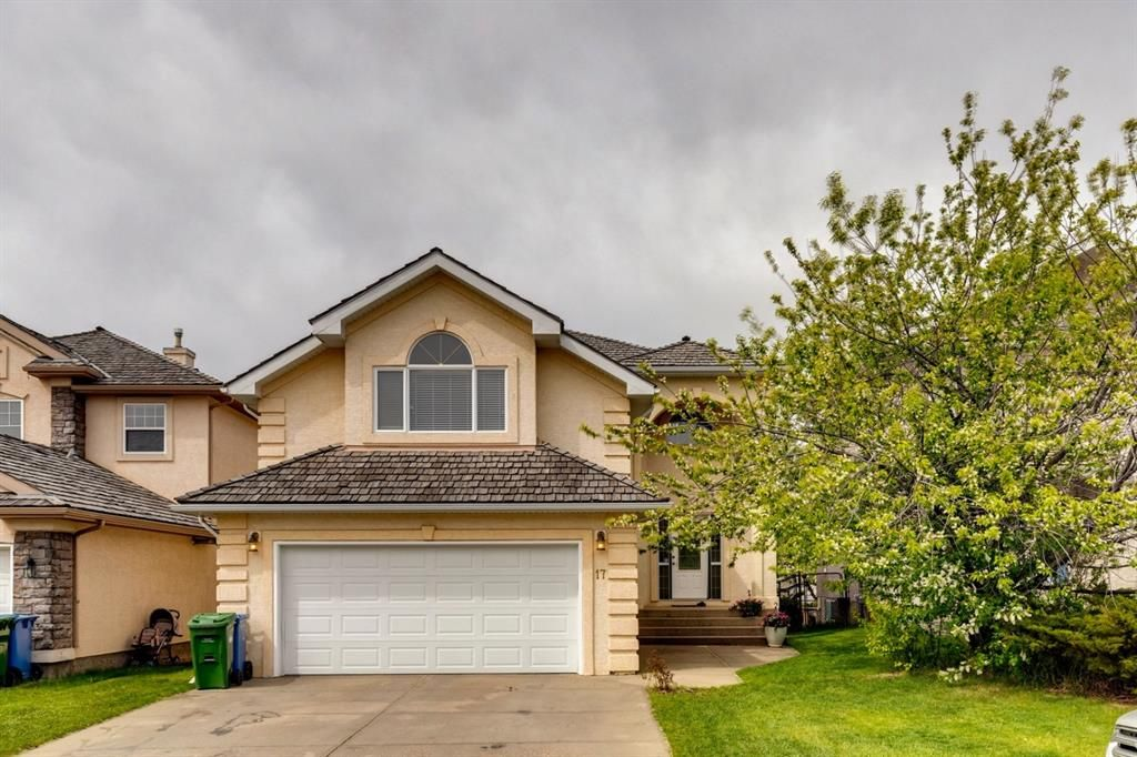 Main Photo: 17 Panorama Hills View NW in Calgary: Panorama Hills Detached for sale : MLS®# A1114083