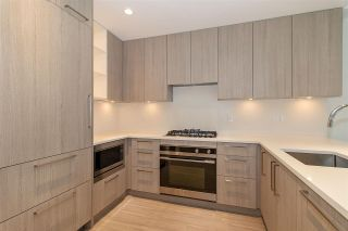 "Photo 2: 101 733 E 3RD Street in North Vancouver: Lower Lonsdale Condo for sale in ""Green on Queensbury"" : MLS®# R2452551"
