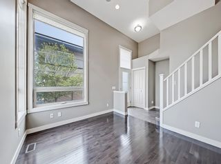 Photo 7: 27 Aspen Hills Common SW in Calgary: Aspen Woods Row/Townhouse for sale : MLS®# A1134206