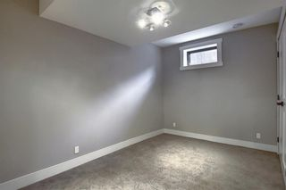 Photo 35: 72 Strathbury Circle SW in Calgary: Strathcona Park Detached for sale : MLS®# A1107080