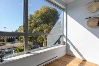 """Photo 11: 405 2630 ARBUTUS Street in Vancouver: Kitsilano Condo for sale in """"ARBUTUS OUTLOOK NORTH"""" (Vancouver West)  : MLS®# R2110706"""