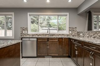 Photo 8: 1412 29 Street NW in Calgary: St Andrews Heights Detached for sale : MLS®# A1116002